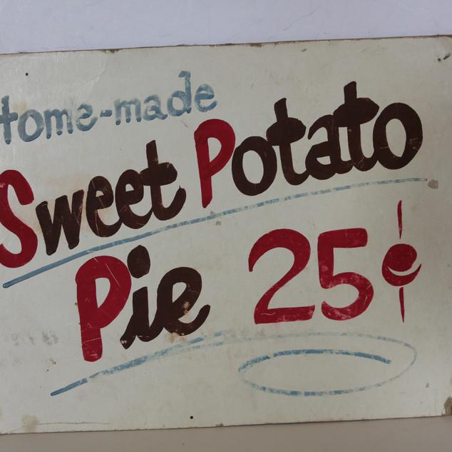 Home-made Sweet Potato Pie sign