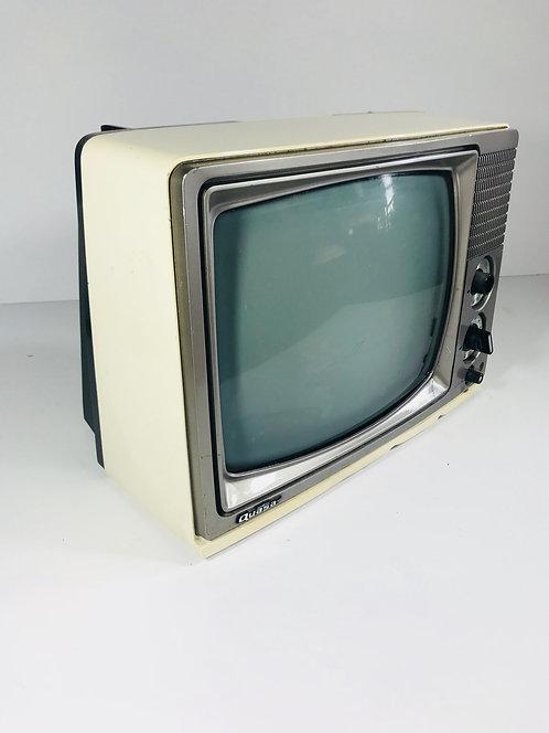 Quasa Tube Television Set