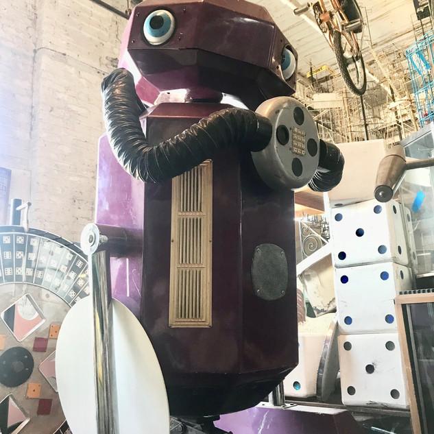 Oversized Robot