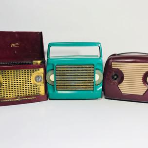 Zenith (left) Zenith (middle) Motorola (right) Radio