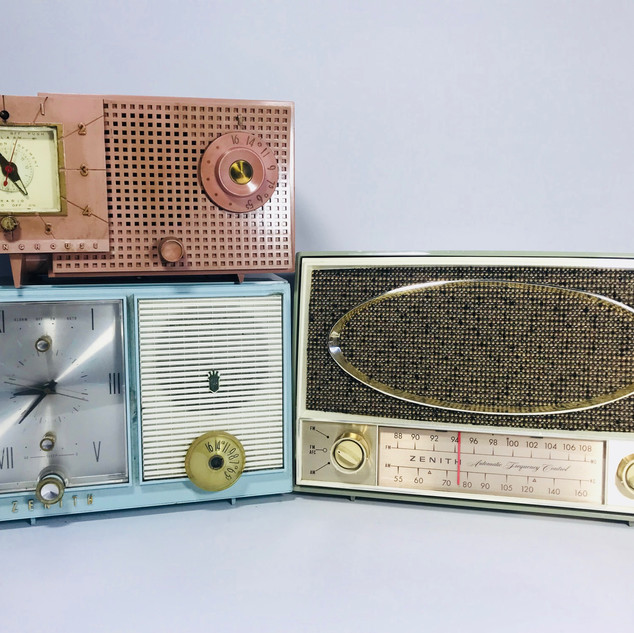 Westinghouse (top left)  Zenith (bottom left)Not Available  Zenith (right) Radio