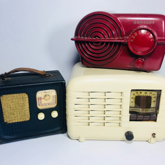 Traveler (left) Ccrosby (top right) General Electric (bottom right) Radio