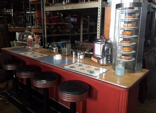 diner set up