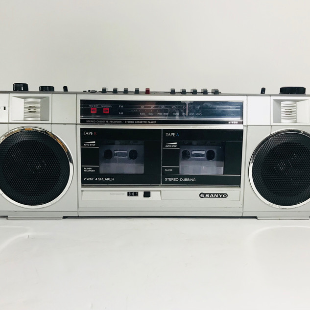 Sanyo Boom box with double cassette player recorder 2 way 4 speaker
