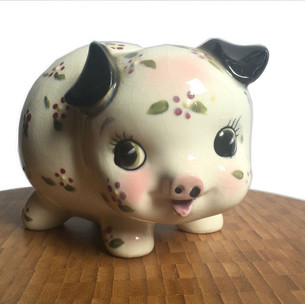 Piggy bank with animated expression