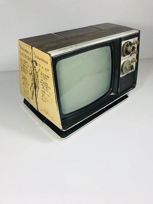 "Zenith ""Spirit of '76"" Tube Television Set"