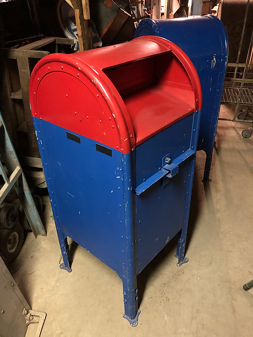 Red & Blue Mailbox