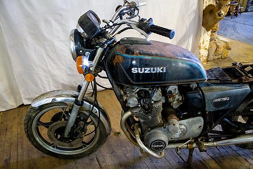 Rusted Suzuki Motorcycle