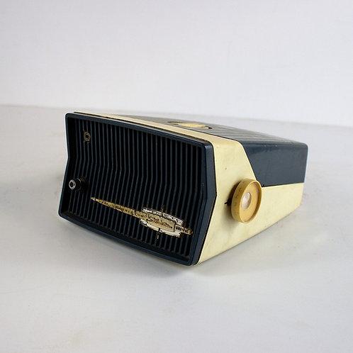 Silvertone Portable Radio Late 1950s
