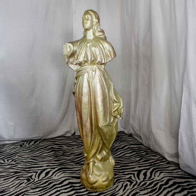 Foam Statue Golden Lady