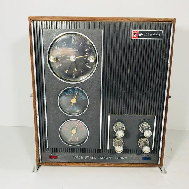 Juliette AM/ FM Radio Solid State Instant Sound