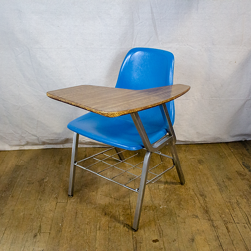Tablet Arm Desk with Blue Seat