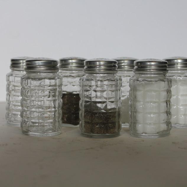 Salt and pepper shakers diamond cut