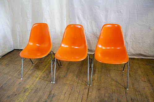 Orange Interlocking Fiberglass Chairs