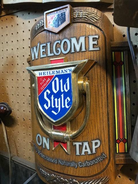 Old Style Sign & Bar Lights
