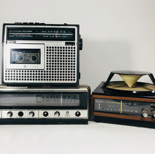 General Electric Radio and Recorder (top left) General Electric (bottom left) Zenith (right)