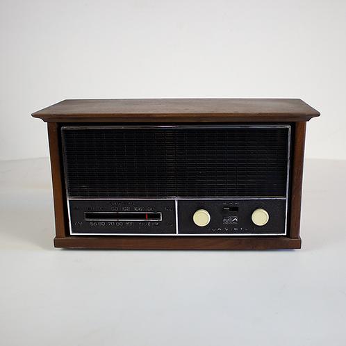 RCA Victor Wood Encased Radio 1960s