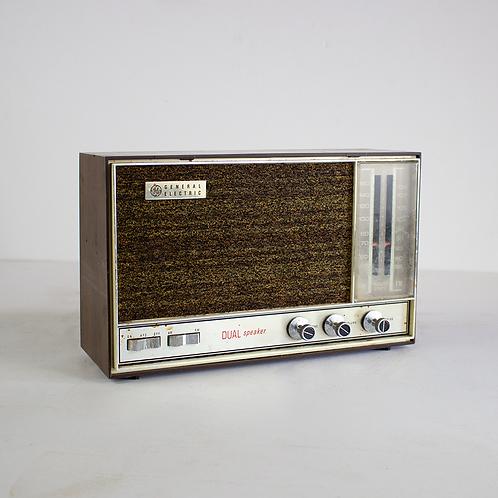 GE Dual Speaker Radio 1960s