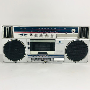 RT- 140s Boom box and cassette tape player