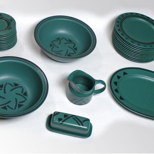green geo plate set