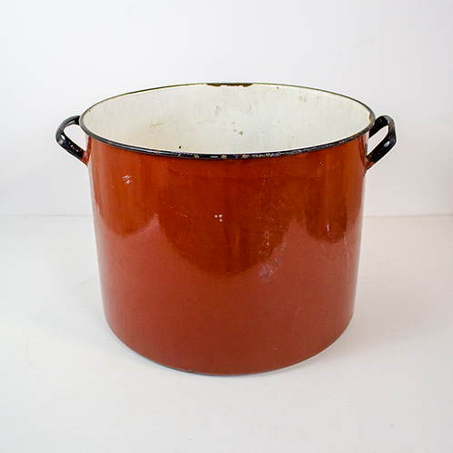 Red Metal Stock Pot