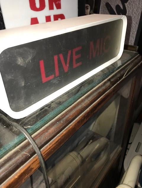 LIVE MIC sign Radio Studio