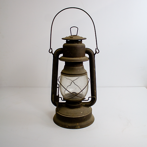 Small Winged Oil Lantern