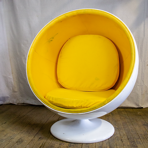 MCM Ball Chair White/Yellow