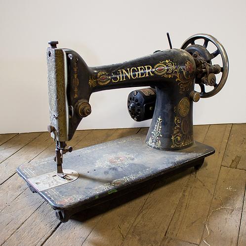 Black Singer Sewing Machine