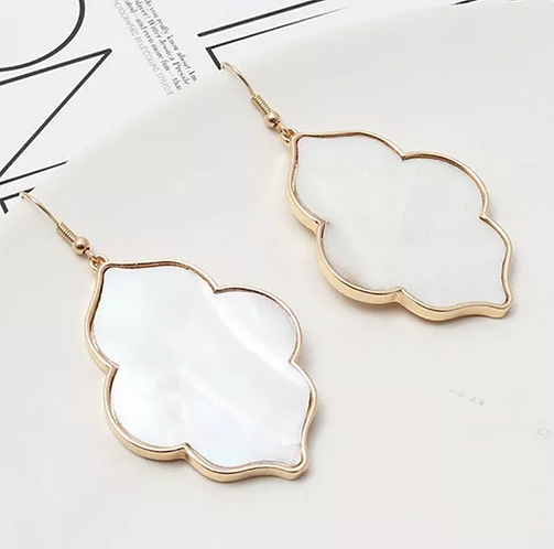 Shell Quatrefoil Earrings -2122