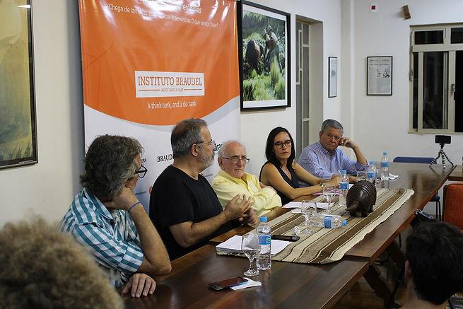 Capa_Seminarios_PEQ.jpg