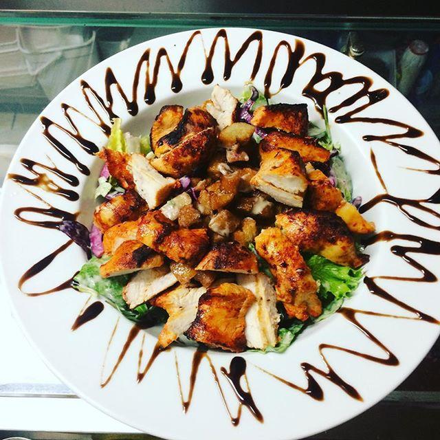Chıcken caeser salad