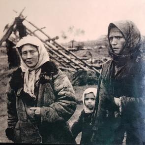 Жители сожженных Борок