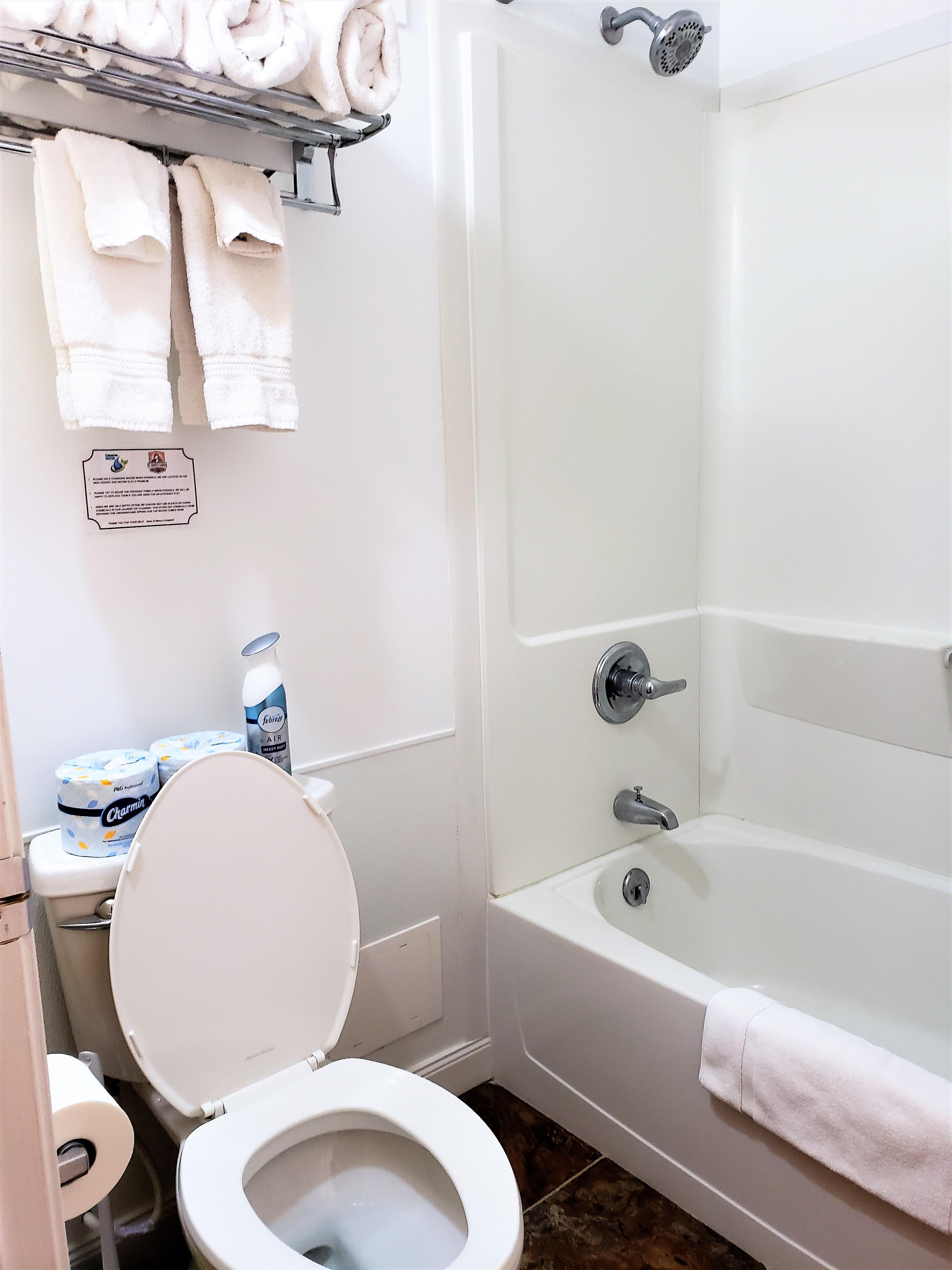 Prickly Pear Adobe Cabin bathroom with tub/shower