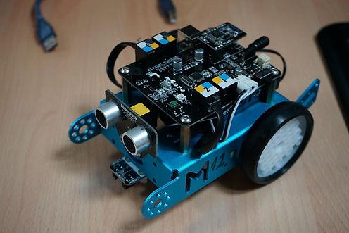 Robotika_elektronika_08.JPG