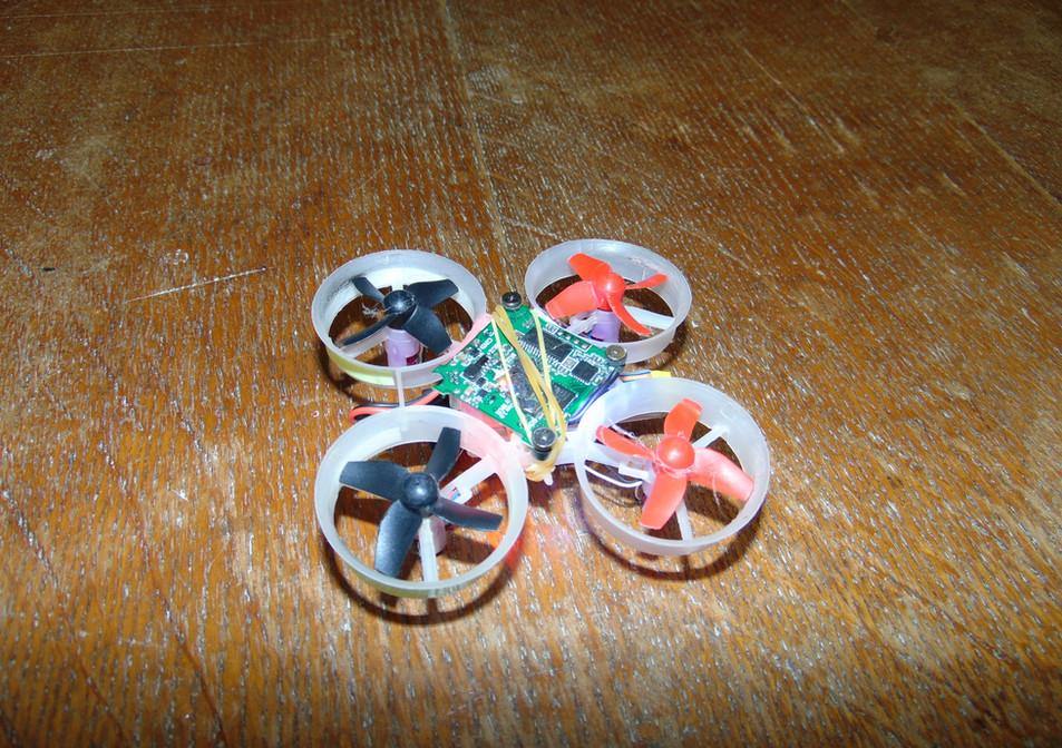 dron-3D (2).JPG