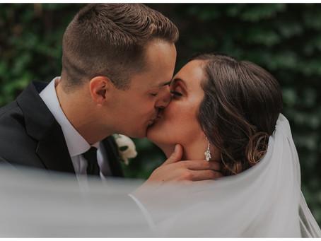 Modern, Elegant, Chic Downtown Wedding | Rachel + Tyler | Omaha, Nebraska