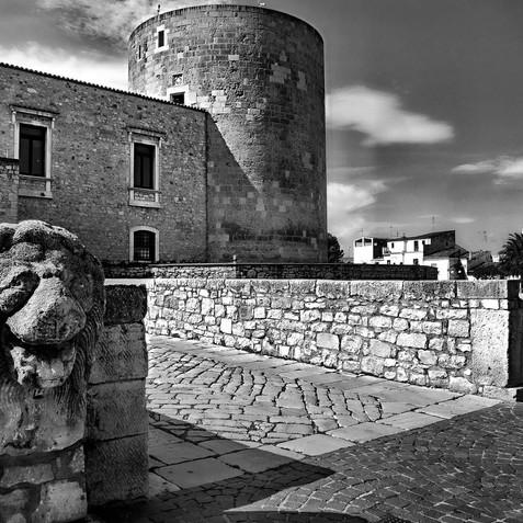 Verso il Castello di Venosa.jpg