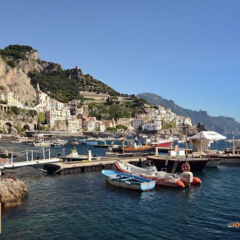 Spiaggia di Amalfi....jpg