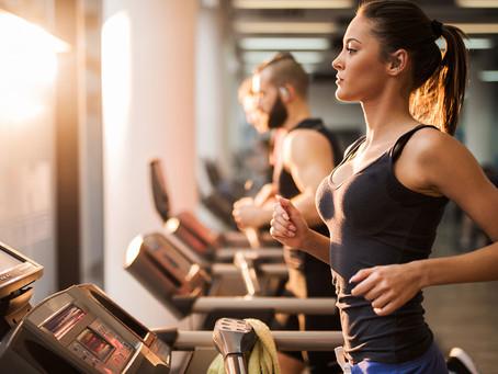 """Dott. Gio Consiglia: """"Un buon stile di vita aiuta la nostra schiena."""" - Movimento e peso forma."""