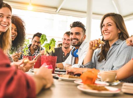 SOCIAL EATING - La nuova tendenza