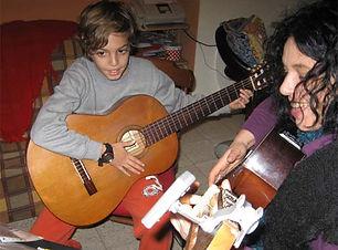 מורה לגיטרה במודיעין.jpg