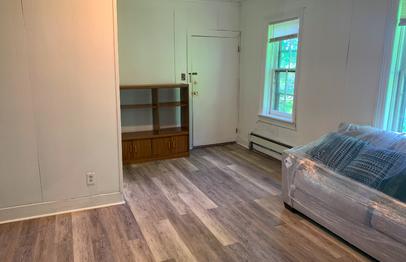 80-chapin-apt2-living-room2png