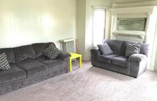 71-oak-living-roompng