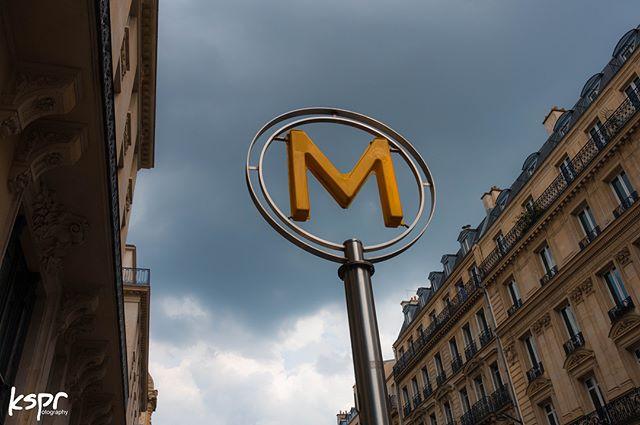 Paris mid2k18 _ #photography #paris #tra