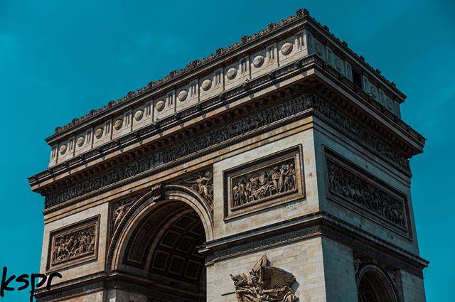 L'Arc de Triomphe de l'Étoile _ Paris mi