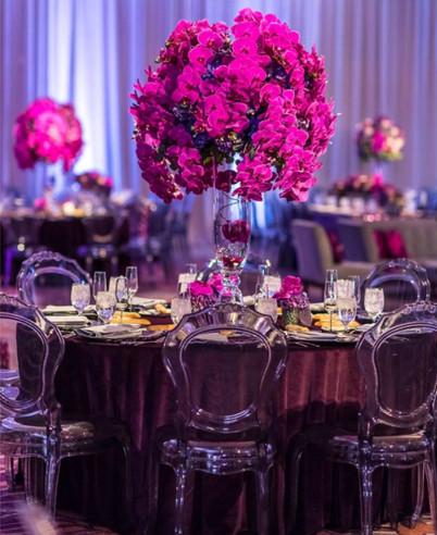 stol-weselny-w-stylu-glamour