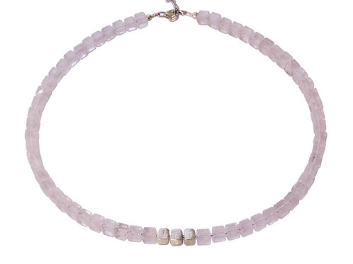 Collier grand cube quartz rose