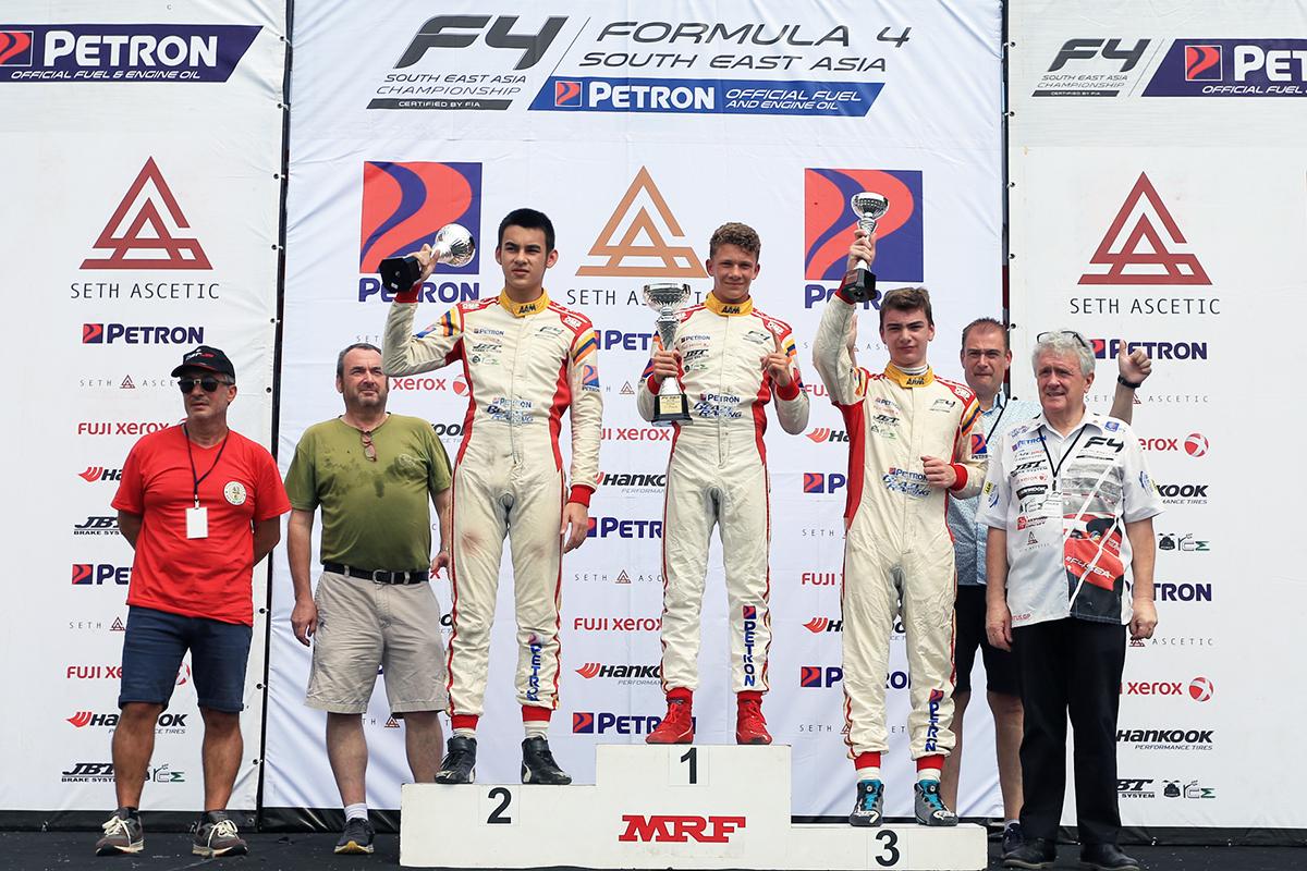 C1_podium