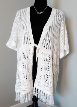 1603 - wht crochet fringe XL-1X.jpg